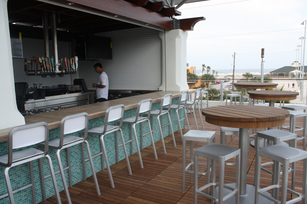 Salt Life Roof Top Bar